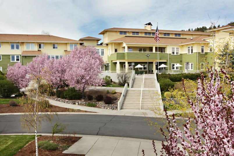 Exterior view of Crystal Terrace of Klamath Falls in Klamath Falls, OR