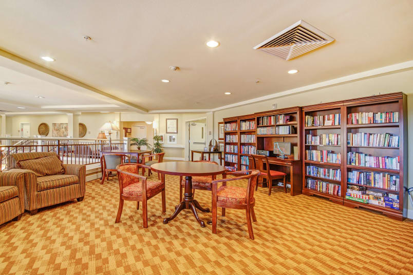 Library and common area at The Commons at Union Ranch in Manteca, California
