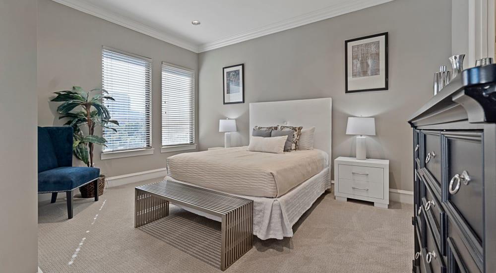 Bedroom at Rienzi at Turtle Creek Apartments in Dallas, Texas