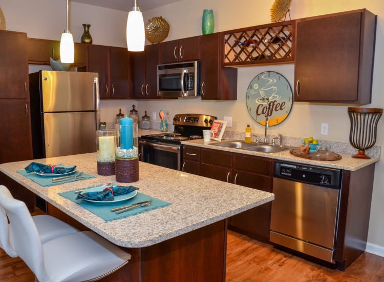 Springs at Tradition apartment kitchen in Port St. Lucie, FL