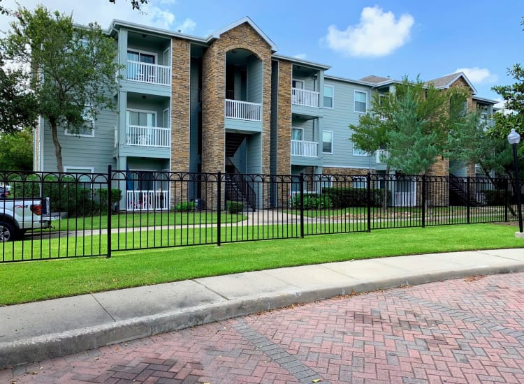 Exterior of Cornerstone Ranch Apartments in Katy, Texas