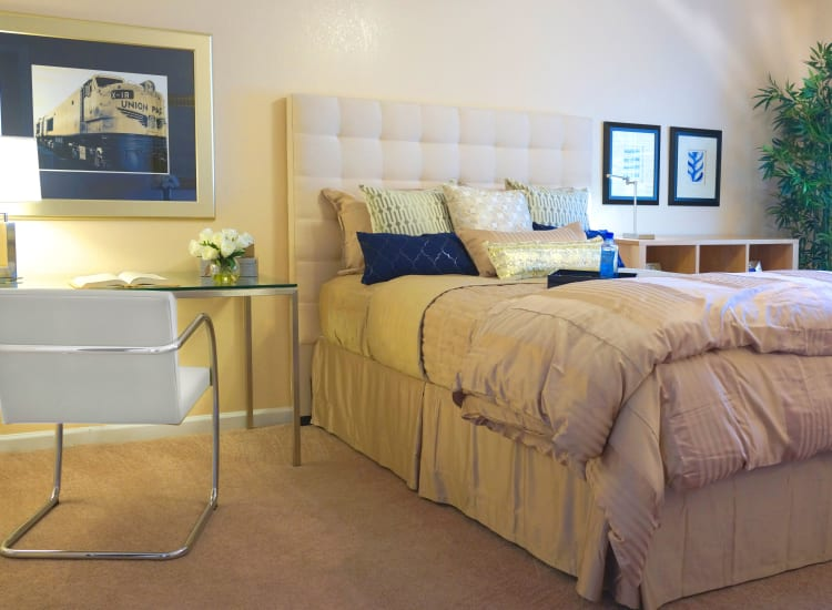 Plush carpeting in the bedroom of a model senior apartment at Casa Del Rio Senior Living in Peoria, Arizona