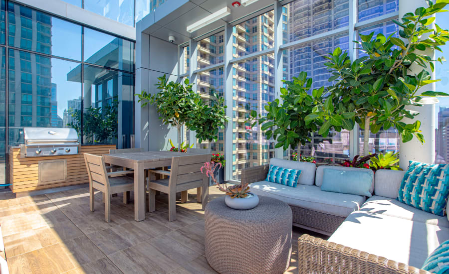 Outdoor lounge at Residences at 8 East Huron in Chicago, Illinois