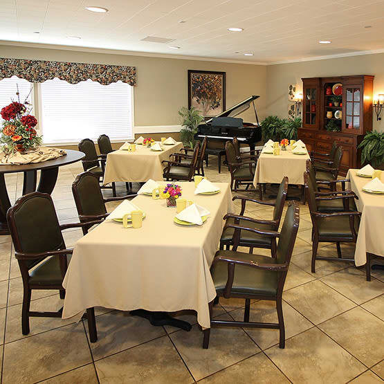 community dining room at Legacy Ranch in Midland,TX