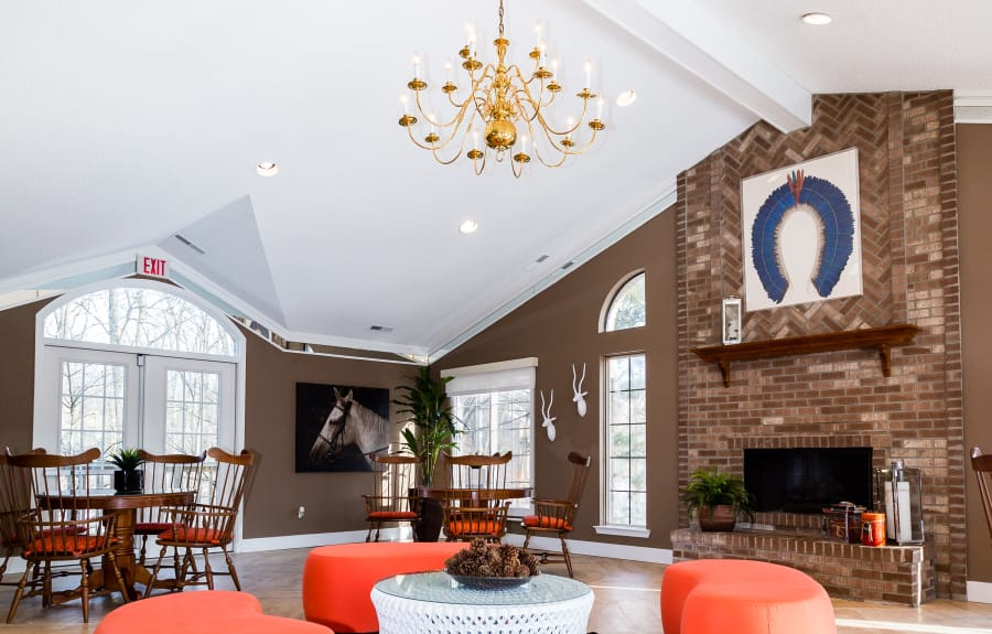 Community dining area at Saddle Creek Apartments in Novi, Michigan
