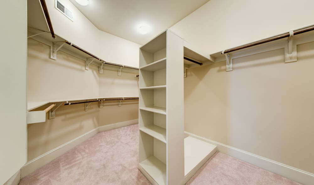 Walk in closet at Marquis at Stone Oak