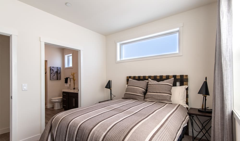 Beautiful 6 West Apartments bedroom in Edwards, Colorado