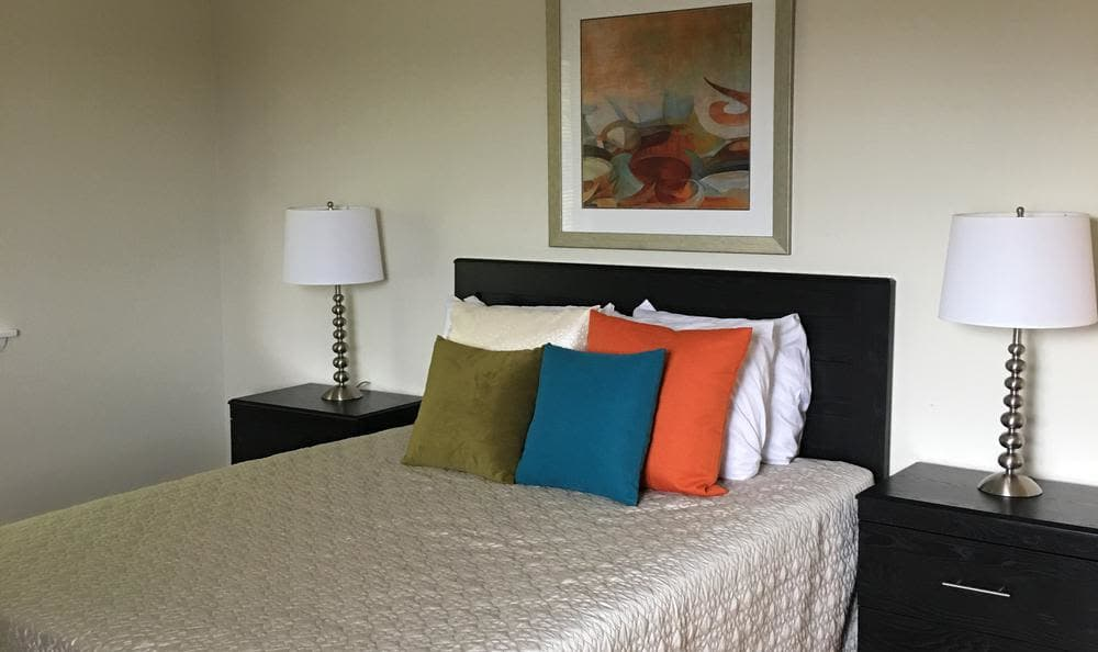 Summit and Birch Hill Apartments offers a bedroom in Farmington, CT