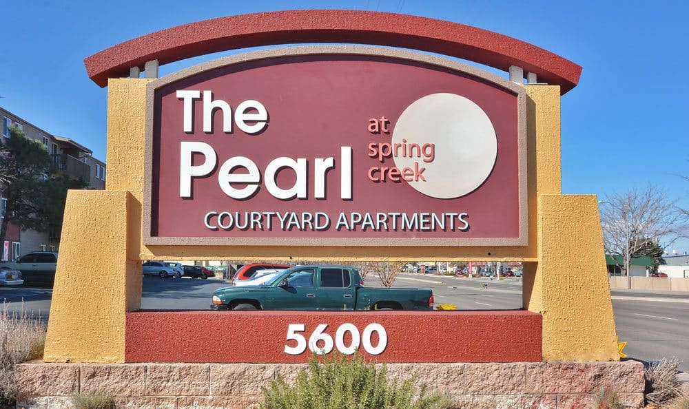 Monument sign at The Pearl at Spring Creek in Albuquerque New Mexico