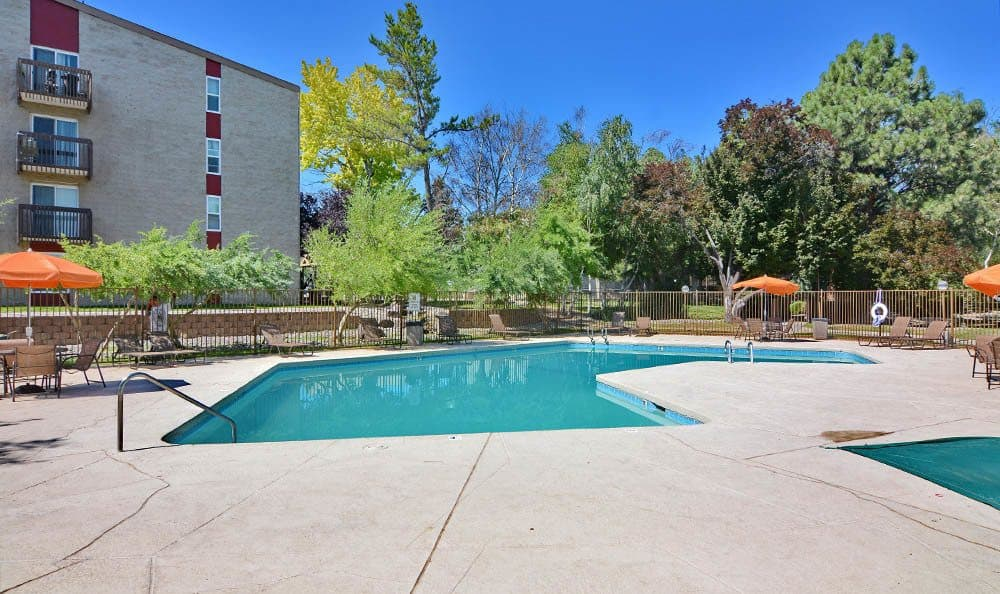 Enjoy a sparkling pool at The Pearl at Spring Creek in Albuquerque New Mexico