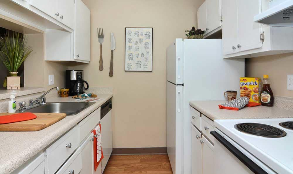 Enjoy a well-equipped kitchen at The Pearl at Spring Creek in Albuquerque New Mexico