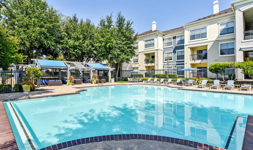 Gorgeous swimming pool at Abbey at Vista Ridge Apartments