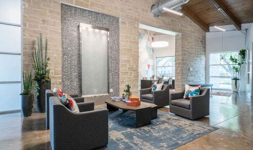 Beautiful lounge at Villages at Parktown Apartments in Deer Park, TX