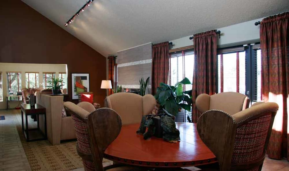 Table And Chairs In The Clubhouse at Montair Apartment Homes in Thornton, Colorado