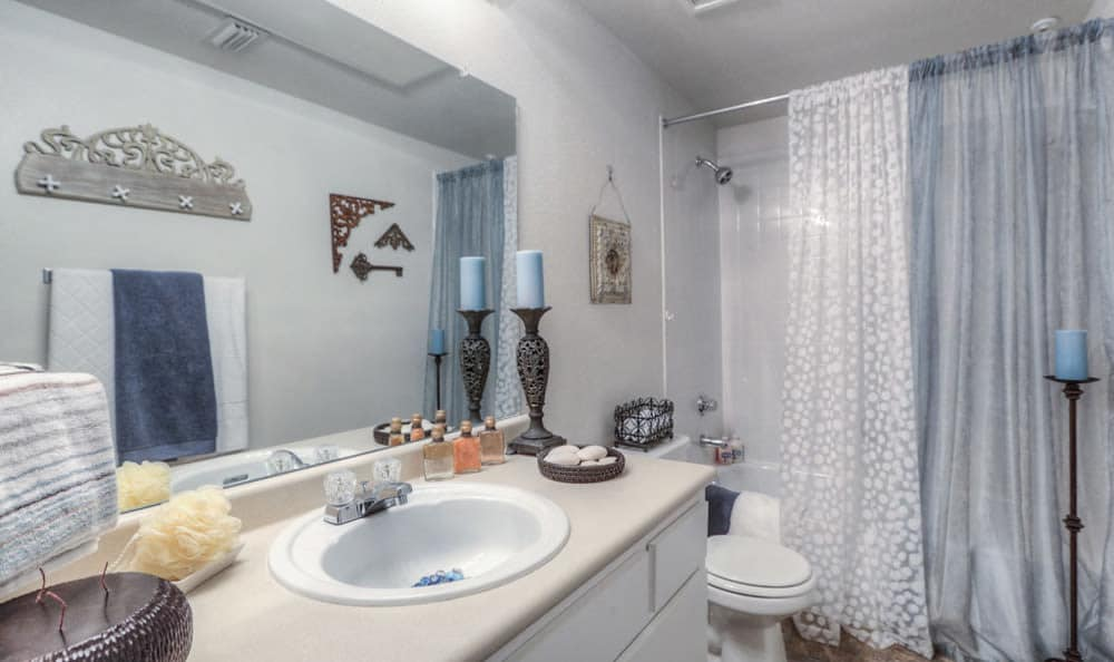 Model bathroom at Stone Creek Apartments