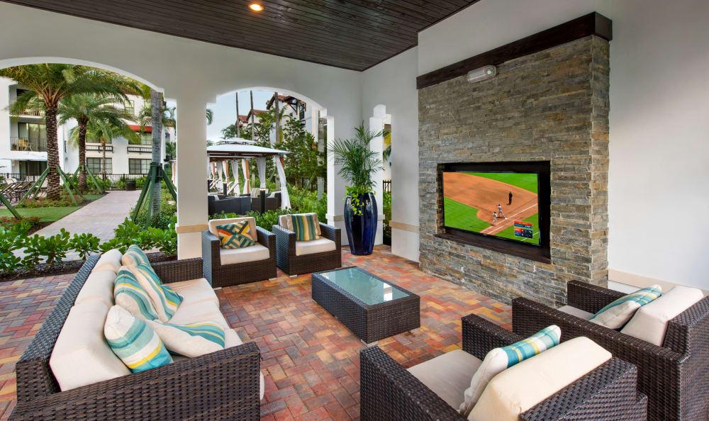 outdoor seating at Casa Vera in Miami, FL