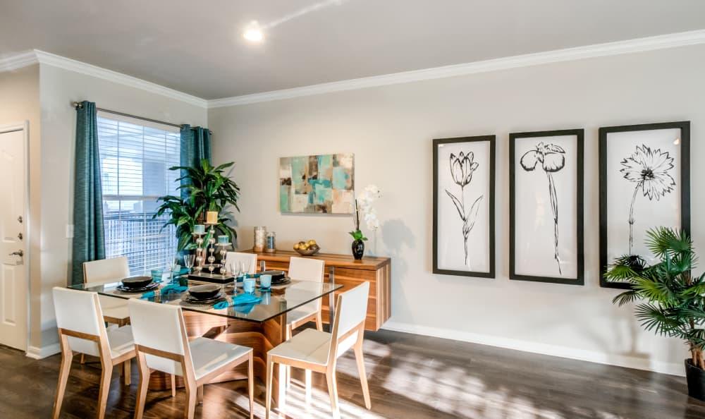 Dining room at Meridian Apartments in San Antonio, Texas