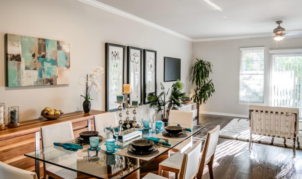 Living room at Meridian Apartments in San Antonio, Texas