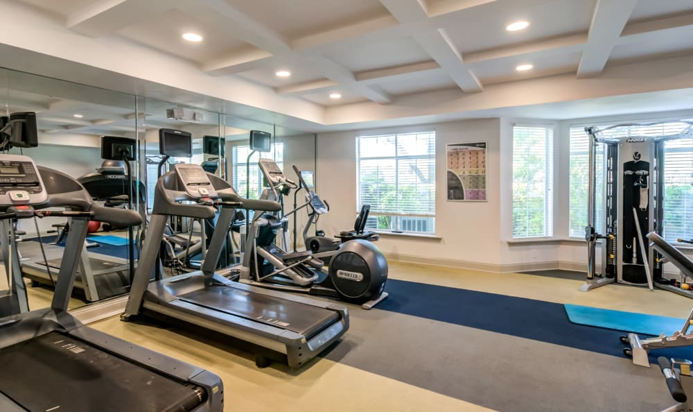 Fitness center at Meridian Apartments in San Antonio, Texas