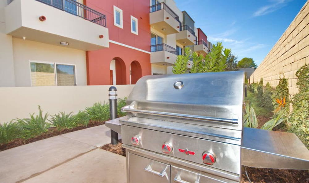 Barbecue area for resident use at IMT Townhomes at Magnolia Woods in Sherman Oaks, CA