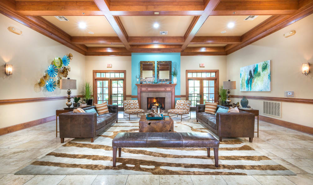 The Atlantic Stonebriar offers a clubhouse in The Colony, Texas
