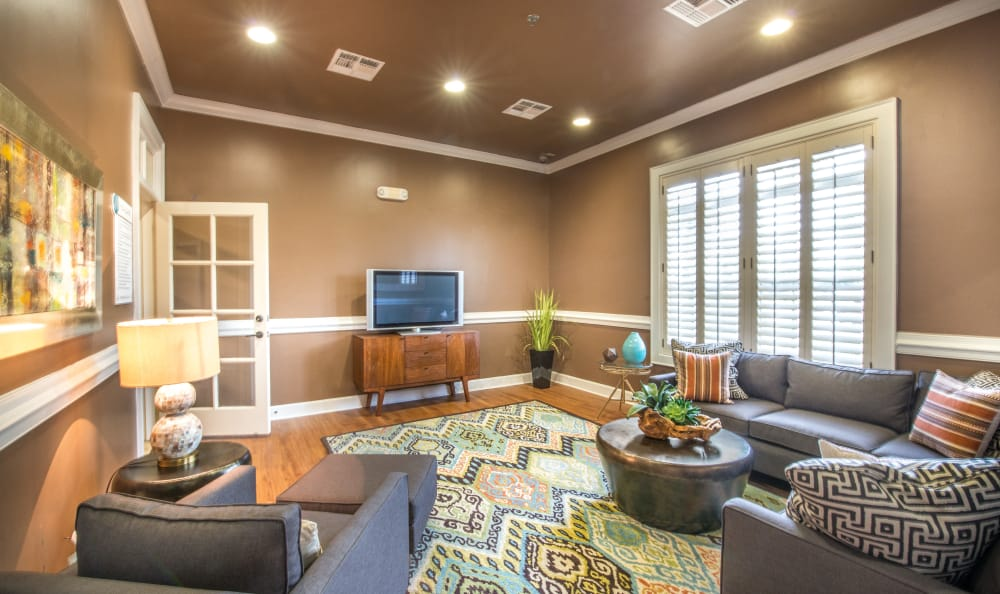 Spacious living area at The Atlantic Stonebriar in The Colony, Texas