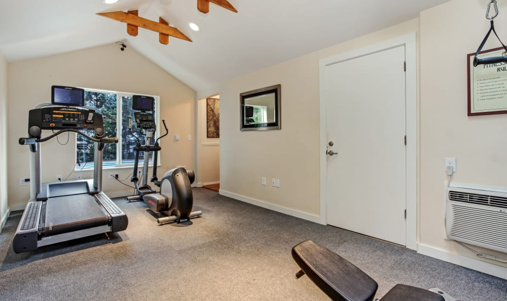 Fitness center at Maybeck at the Bend in Tigard, Oregon