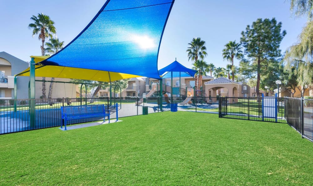 Onsite bark park for your pets at The Boulevard in Phoenix, Arizona