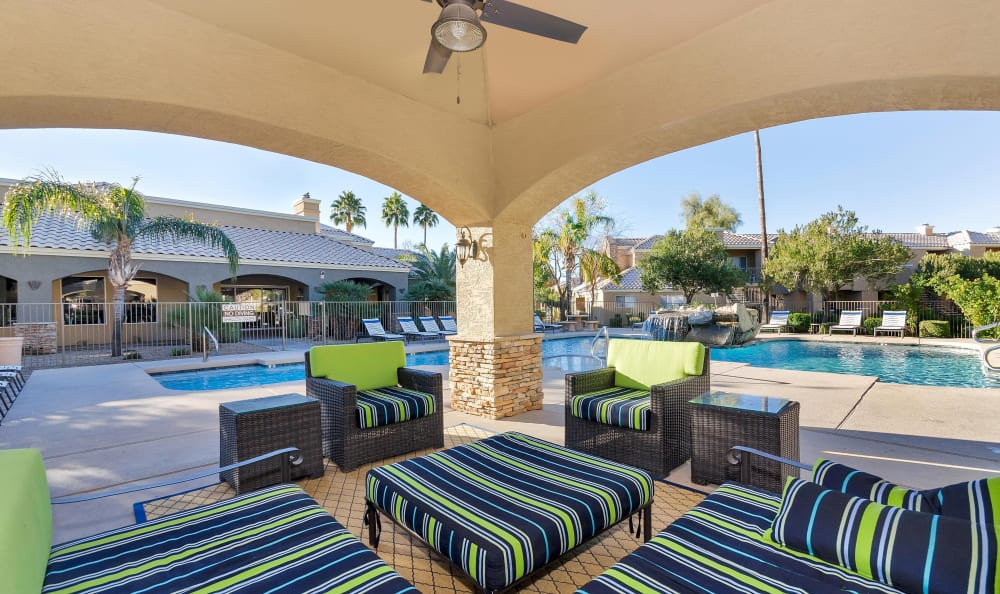 Outdoor resident lounge near the pool at The Boulevard in Phoenix, Arizona