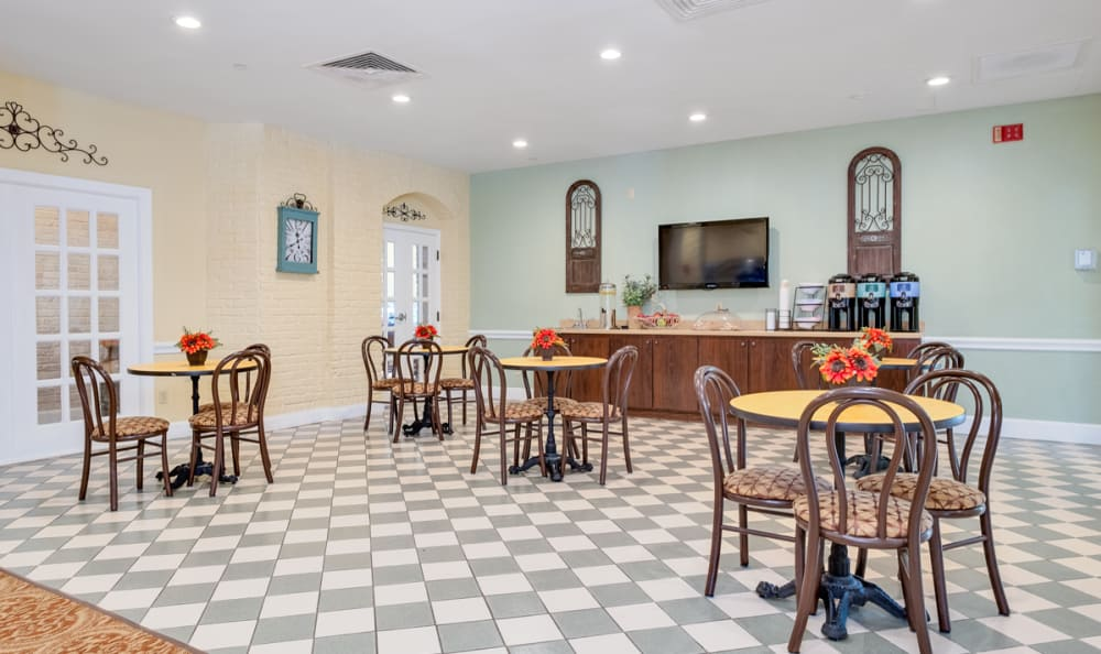 Dining Area at Grand Villa of Boynton Beach in Boynton Beach, Florida