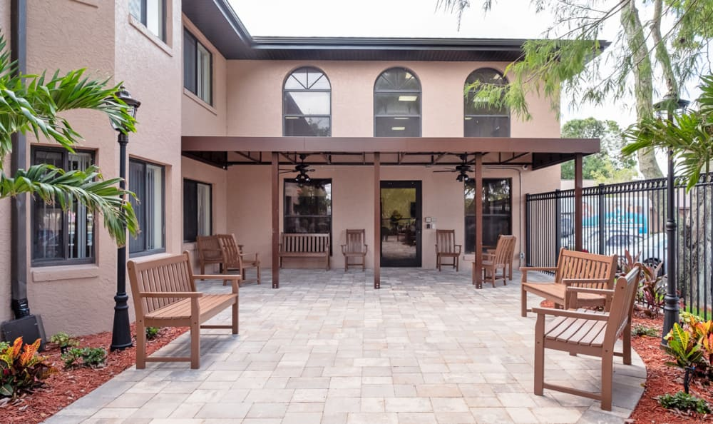 Courtyard at our Senior Living Facility in Englewood, Florida