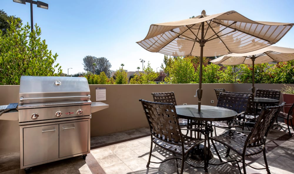 Open patio area with seating at IMT Park Encino in Encino, CA