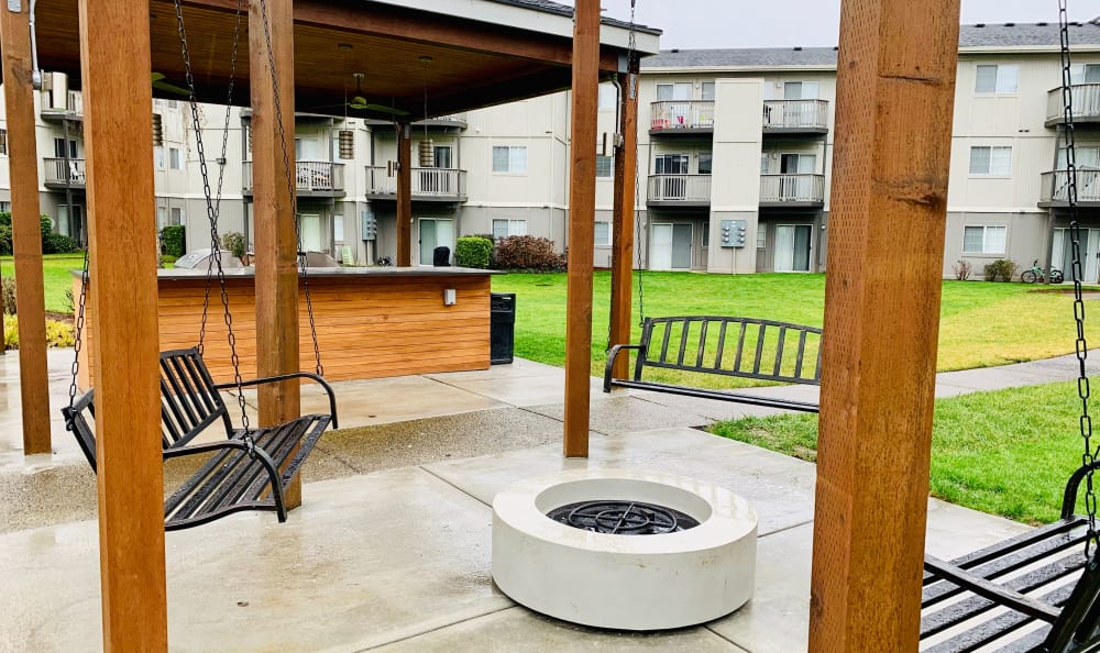 Fire-pit Swing Lounge at Bridge Creek Apartments in Vancouver, Washington