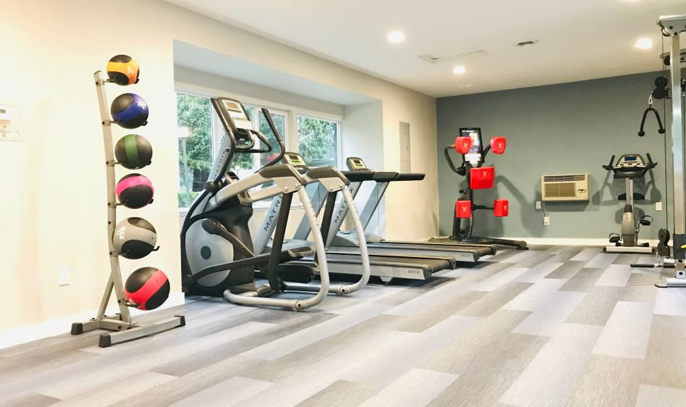 A fitness center for those who want to exercise at Bennington Apartments