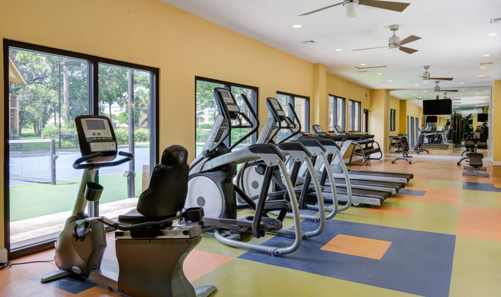 Cardio machines in the fitness center at IMT Pinebrook Pointe in Margate, Florida