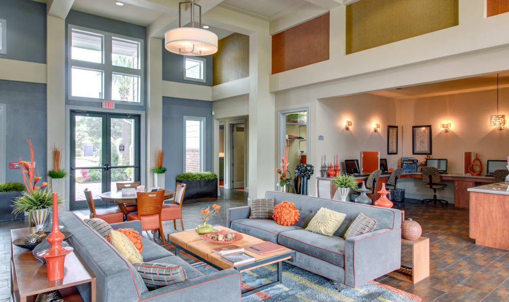 Resident lounge at IMT Kingwood in Kingwood, Texas