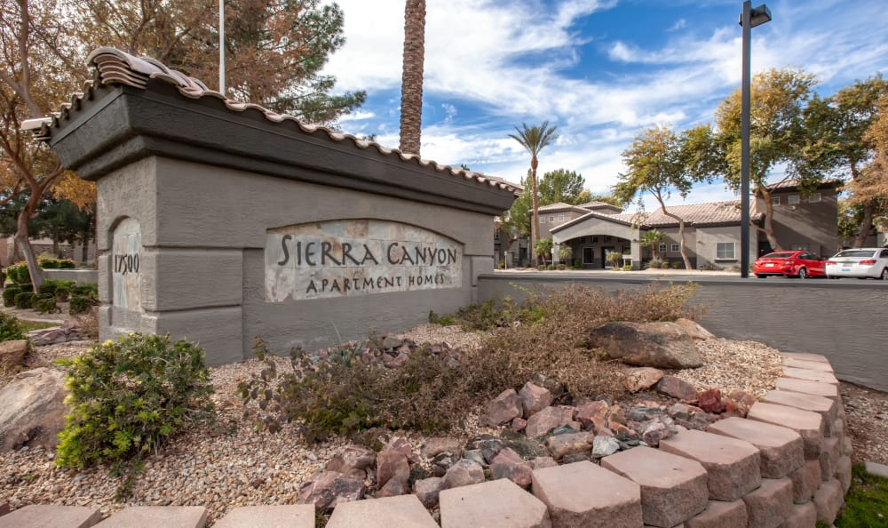 Monument sign welcoming residents and their guests to Sierra Canyon in Glendale, Arizona