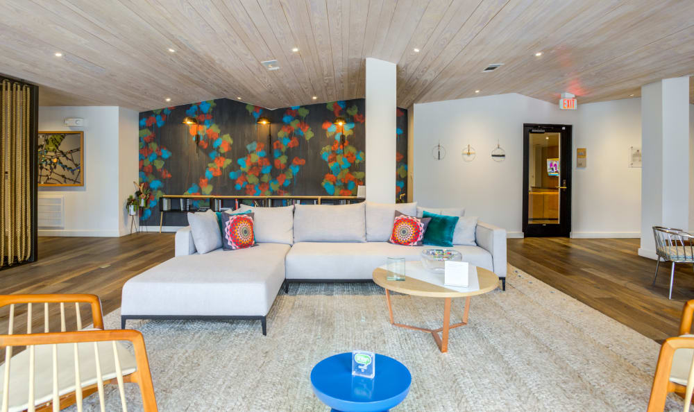 Resident lounge with ample seating at Agave in San Antonio, Texas