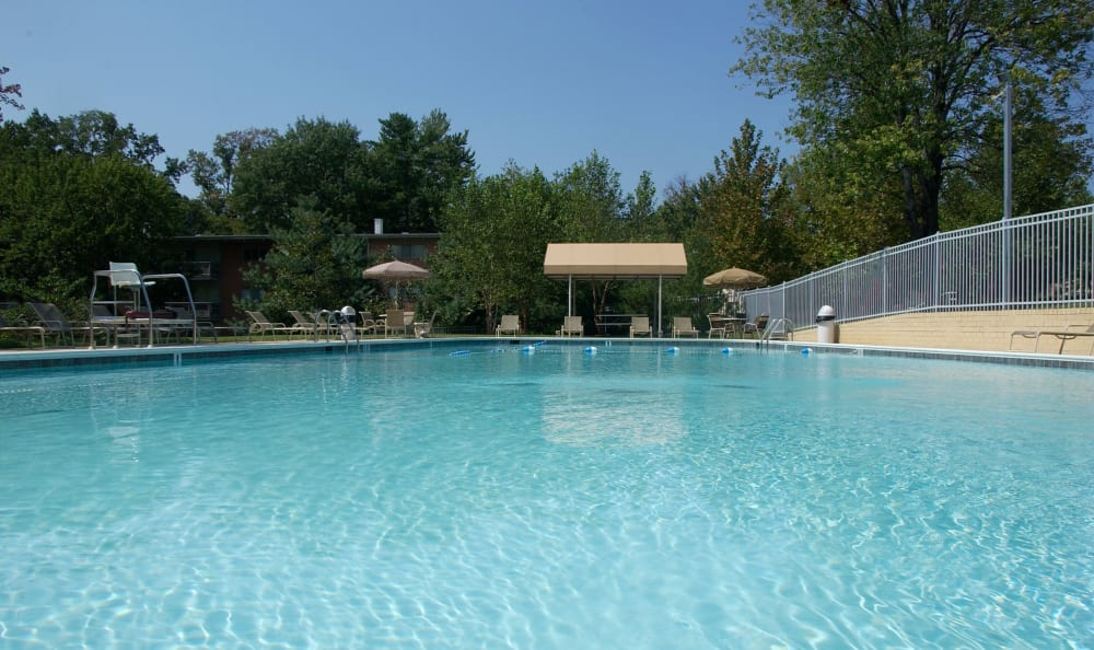 Inviting pool on a gorgeous day at Watergate Pointe in Annapolis, Maryland