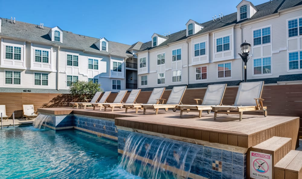 Resort-style pool with waterfalls at Harbor Pointe in Bayonne, New Jersey
