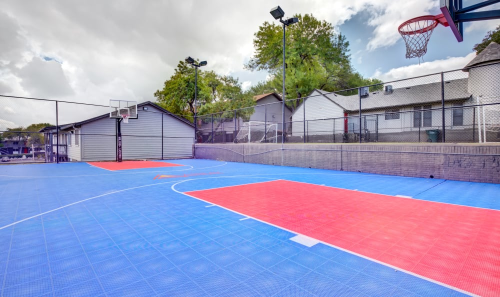 Large outdoor basketball court at Array Apartments in Austin, Texas