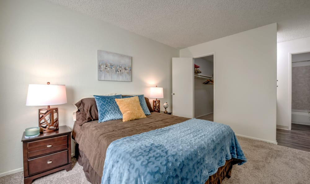 Bedroom with blue bed at Vista Pointe I in Studio City, California