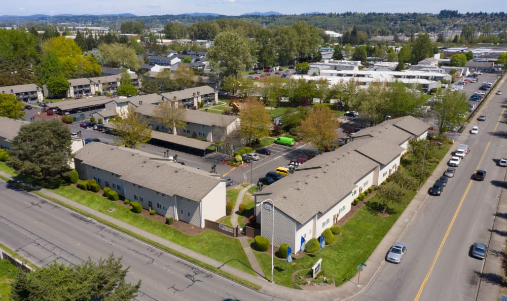 Ariel shot of apartments at Arbor Chase Apartment Homes in Kent, WA