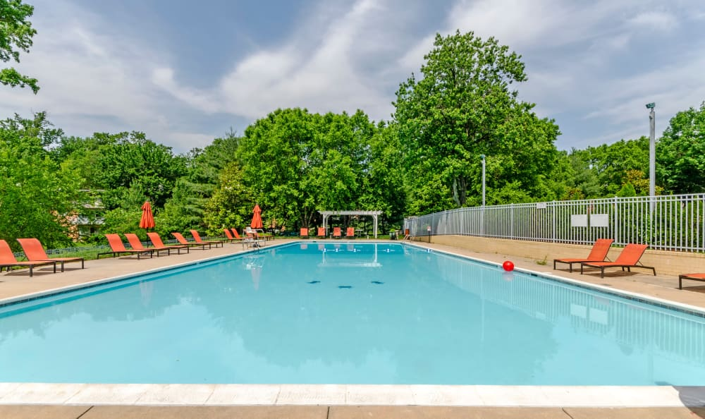 Sparkling swimming pool at Watergate Pointe in Annapolis, Maryland