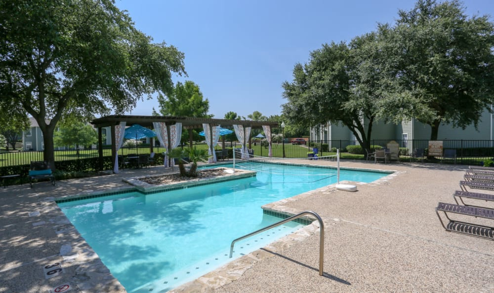 Amenities At Stone Creek Apartments Apartments With Walk In Closets