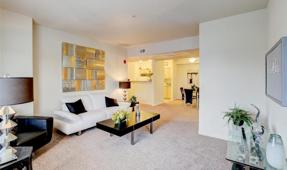 Living room at Sierra Oaks Apartments in Turlock, California