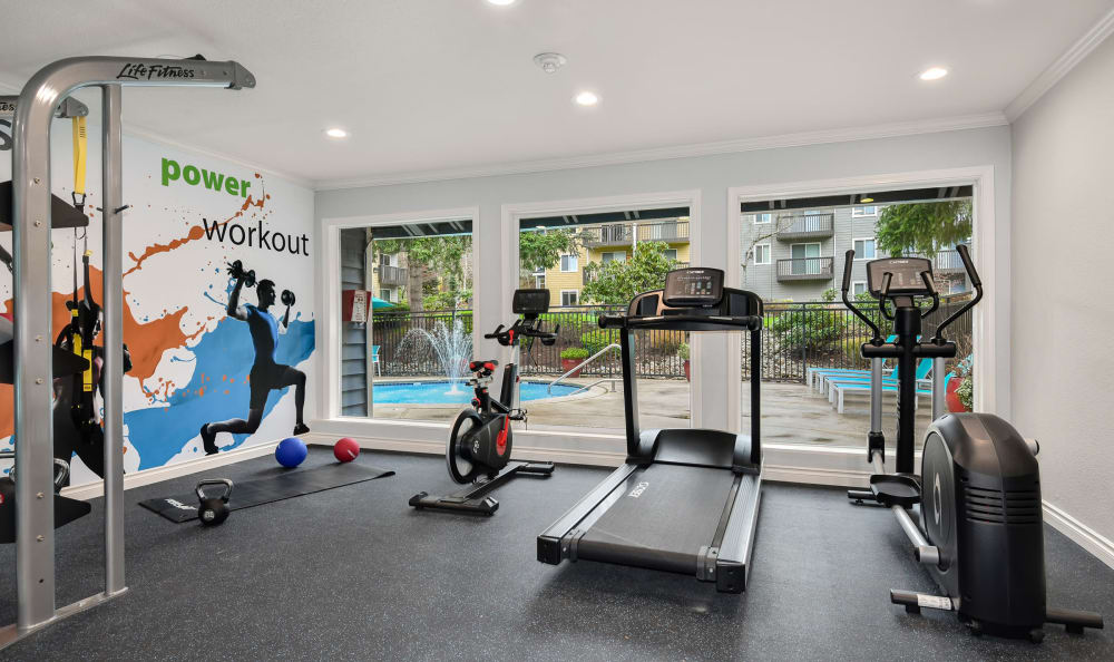 Fitness Center at The Boulevard at South Station Apartment Homes in Tukwila, Washington