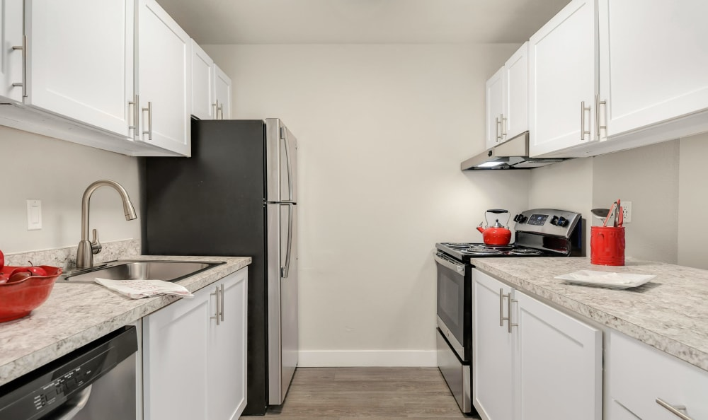 State-of-the-art Kitchen at The Boulevard at South Station Apartment Homes in Tukwila, Washington