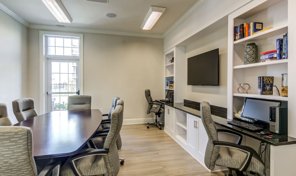 Business center with ample seating at Meridian Obici in Suffolk, Virginia