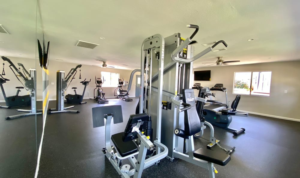 Spacious workout facilities with modern workout equipment at Country Hills Apartment Homes in Corona, CA